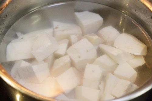 cách nấu chè đậu xanh khoai sọ 3