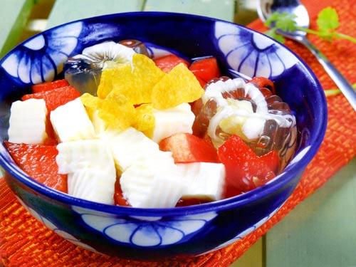 Cách nấu chè khúc bạch trái cây hoa quả ngon mát