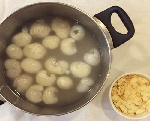 Hướng dẫn Cách nấu chè khúc bạch phô mai vị ngon đơn giản nhất