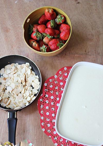 Quy trình cách nấu chè khúc bạch dâu tây ngon nhất