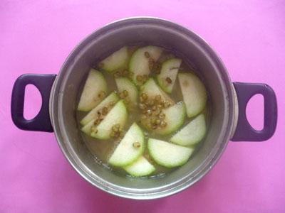 cách nấu chè đậu xanh bí đao2