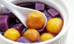 Cách nấu chè bí đỏ khoai lang ngon đúng điệu
