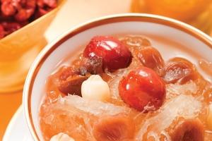 Cách nấu chè tổ yến nhãn nhục bổ dưỡng, phục hồi sức khỏe