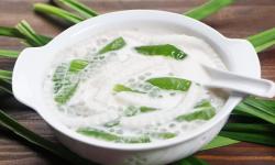 """""""Siêu hot"""" cách nấu chè dừa non thạch lá nếp trân châu vạn người mê"""