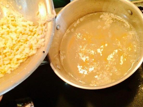nấu chè bắp bột báng và hoàn thành